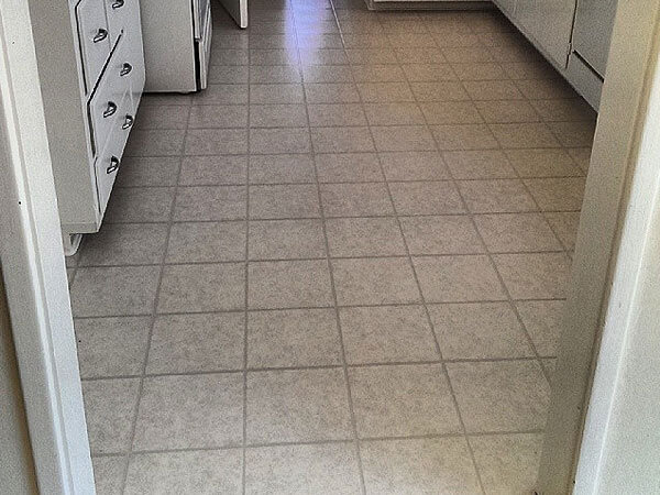 Burlingame, CA Vinyl Tile Flooring